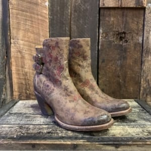 574a16b81e LUCCHESE BROWN FLORAL SHORTY
