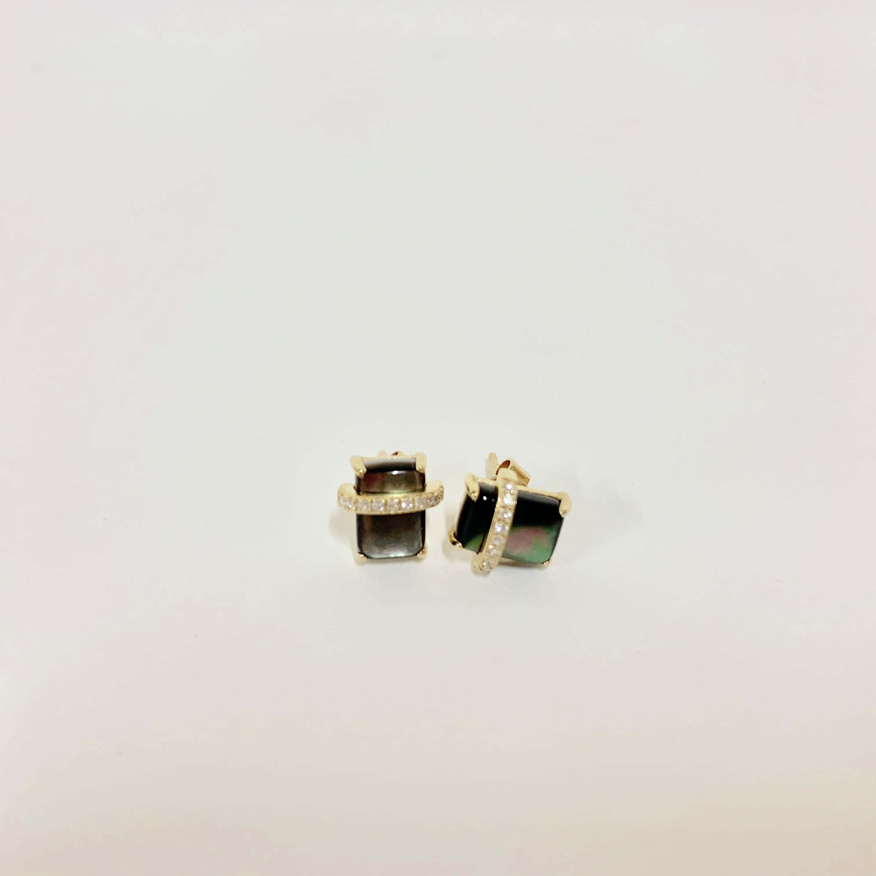e5f7fc0ca DIAMOND AND GOLD MOP STUD EARRINGS – Kemosabe